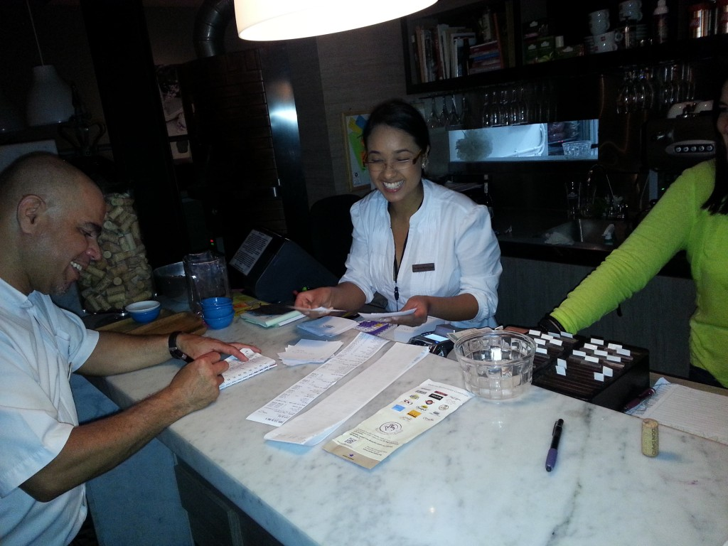 Medellin-Colombia-2014-11-14_entrepreneur-social-club-evening (24)