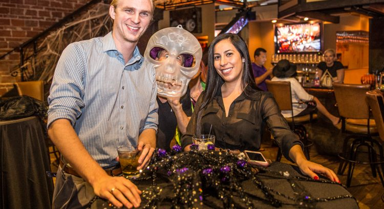 Novaween Social 2016-10-20-entrepreneur-social-club-at-brick-and-mortar