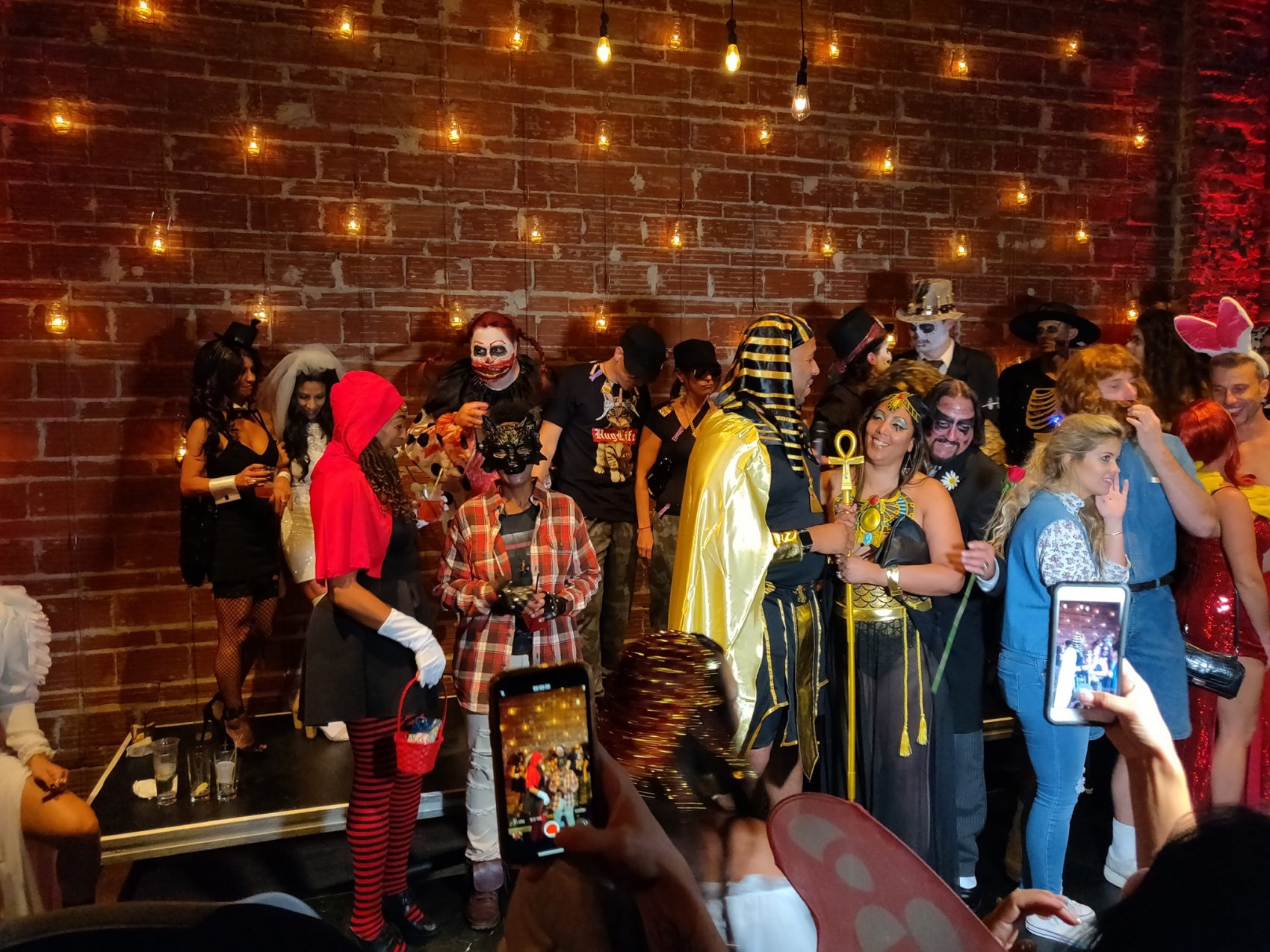 2019 10-31 Novaween 13 Costume Contest Chris Jenkins crowd